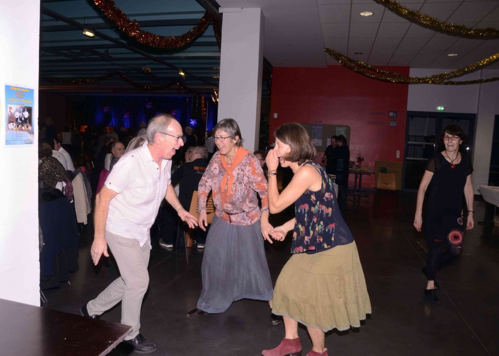2019-12-31 Reveillon Folk-48